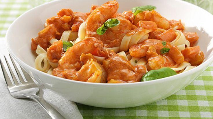 Tagliatelles aux saumons, scampis safran et parmesan