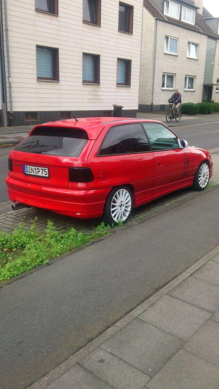 Opel Astra 16V GSi as Saloon in dinslaken