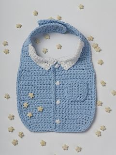 Dress your baby professionally as you teach the business of eating! Your little one will look adorable in this business shirt dickey. This button bib is a great pattern for beginning and experienced crocheters.