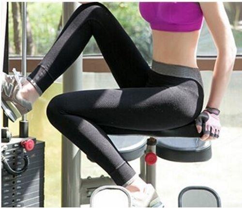 Damen Sporthose, Fitness-Leggings - Scharz/Grau    Fitnessstudio, Yoga, Zumba, Joggen, WorkOuts uvm.    XS-S -32-34-36   S-M-L-36-38-40       auf www.kaczerwi.de      #legday #fitness #kaczerwi