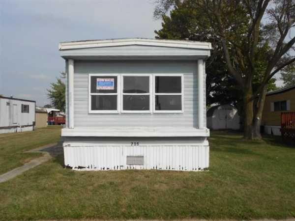 Champion Mobile Home For Sale In Bay City Mi Mobile Homes For Sale Ideal Home Mobile Home