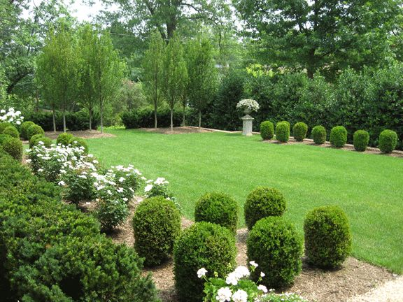 formal english garden design the formal landscaping is modeled after european gardens - European Garden Design