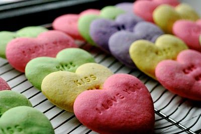 "oh I love these conversation heart cookies made with a cookie ""letterpress"" via @Kelsey Nixon"