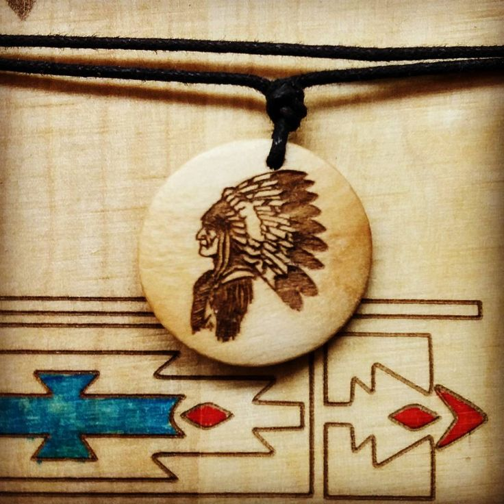 native American -  wooden necklace . . . . . #wood #holz #handarbeit #handicraft #austria #österreich #deko #dekoration #stpölten #handmade #design #disposition #geschenk #geschenksidee #giftidea #gift #holzundleidenschaft #woodart #personalisiert #personalized #stpoelten #stpölten  #handmadeintheeveryday #madeinaustria  #native american #wildwest #cowboy #redneck