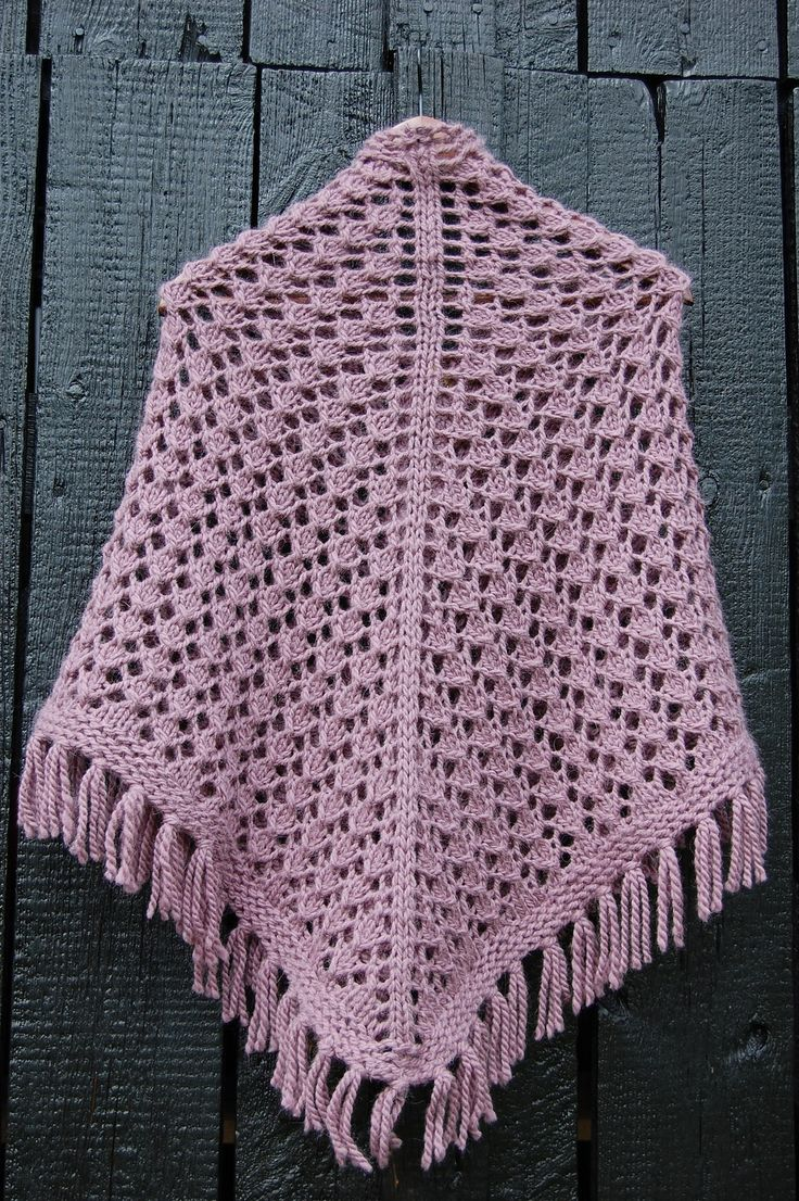 1000+ images about Shawl Knitting Patterns on Pinterest Cable, Shawls and w...