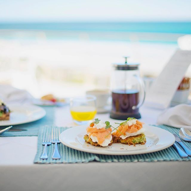 Breakfast with an ocean view.   Welcome to The Last Word Long Beach.   #TheLastWordHotel #MantisCollection #BoutiqueHotel #ThePreferredLife #holidaytime #beachlife #travelnow #travelgram #bestvacations #meetsouthafrica #wowsouthafrica #wheretostay #vacationpics #beachvibes #thehappynow #beautifuldestinations #worldplaces