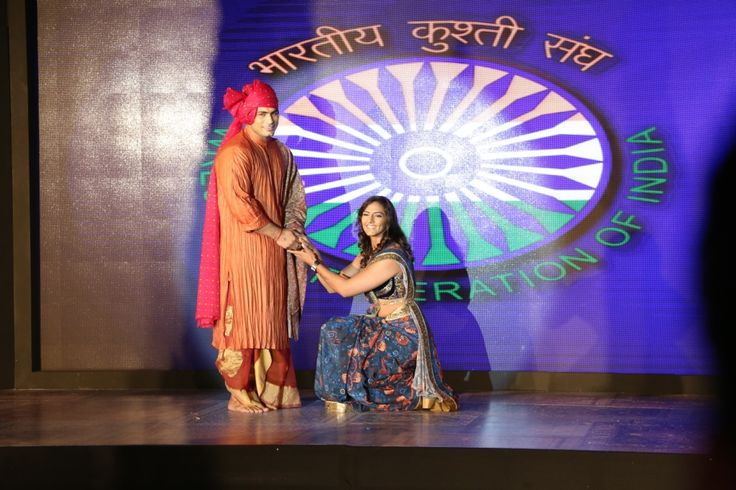 Pawan Kumar and Geeta Phogat, Prowrestlingleaguein India