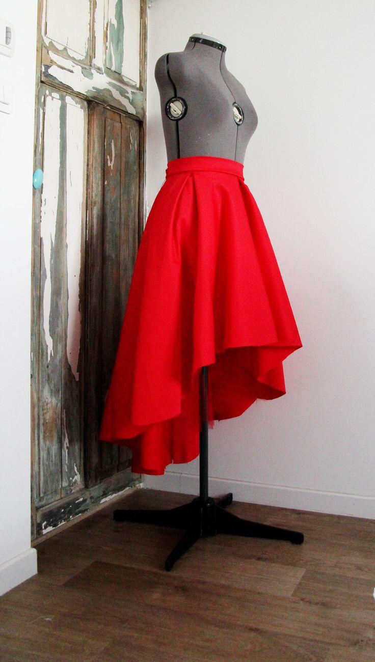 Jupe asymétrique rouge mi-longue femme