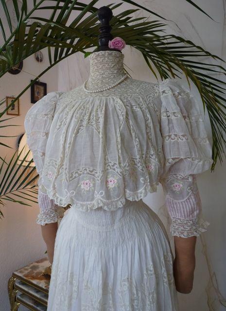Romantic Tea Gown, ca. 1899  Advanced Edwardian style