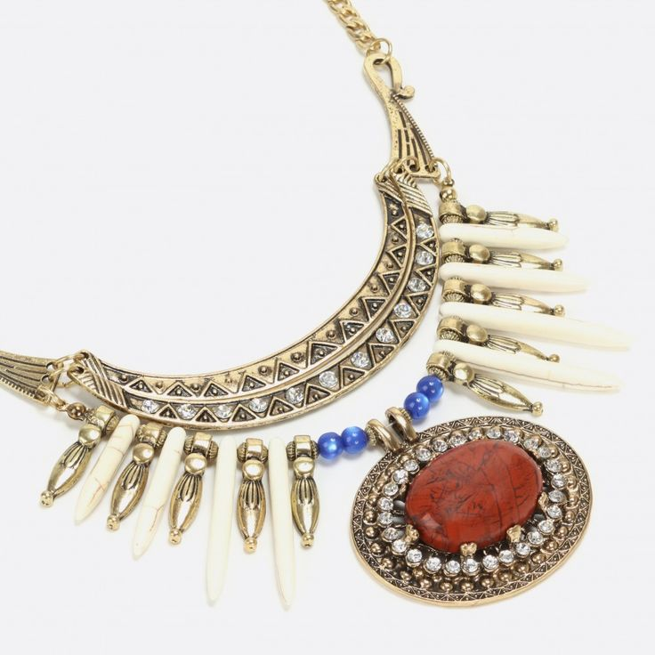 Collier tribal pierre style naturel