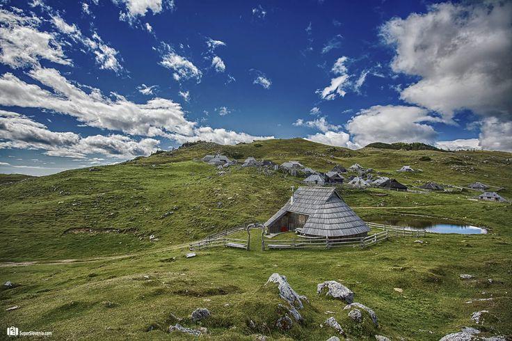 Nagrajujemo fotografije iz Slovenije...  www.superslovenia.com    #VelikaPlanina #Kamnik #Slovenia #Slovenija