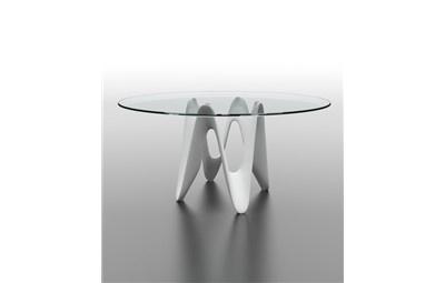 Mesa redonda de cristal con pie de fibra de vidrio. http://www.stylohome.com/p.1174.0.0.1.1-mesa-candela.html