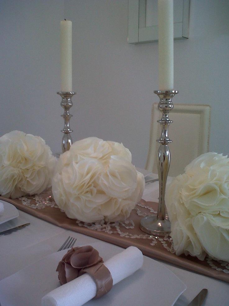 pomanders   para  decoracion,  para  bodas, cenas  elegantes,  o  espacios  con  glamur.