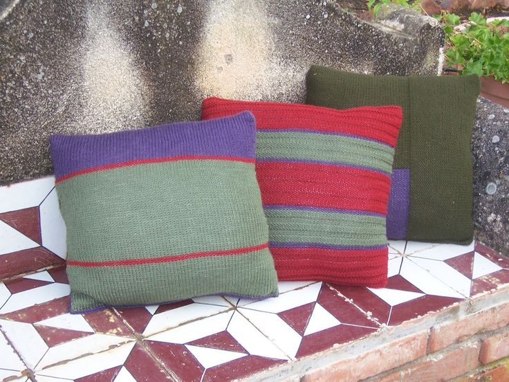 PRIZZI, knitting kit for 3 woollen cushions from domoras