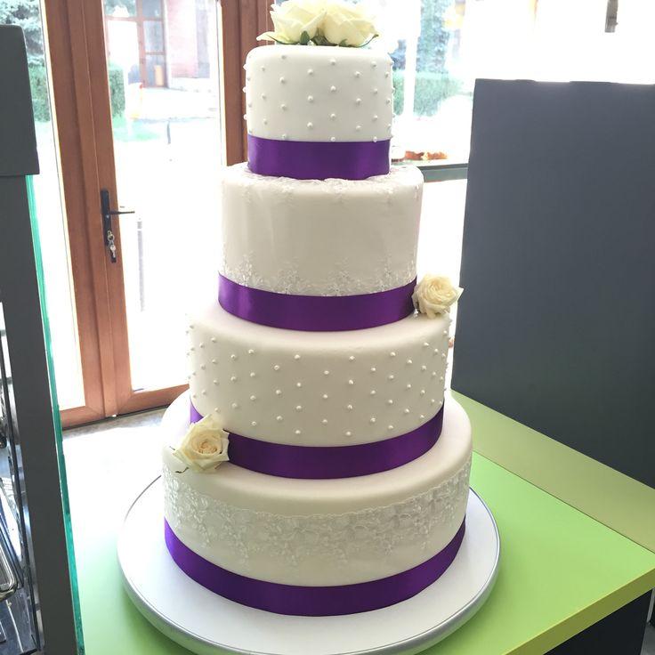 White&purple wedding cake
