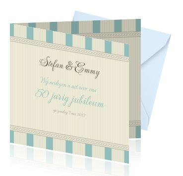 Een stijlvolle jubileum uitnodiging in pastel blauw. Mooie vintage kaarten bestellen. Jubileumkaarten zelf maken met sierlijke tekst.