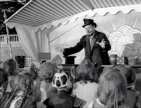 'Just a tame old magician' -  Karswell entertains local children at a Halloween party with in the grounds of his house - NOTD (1957)