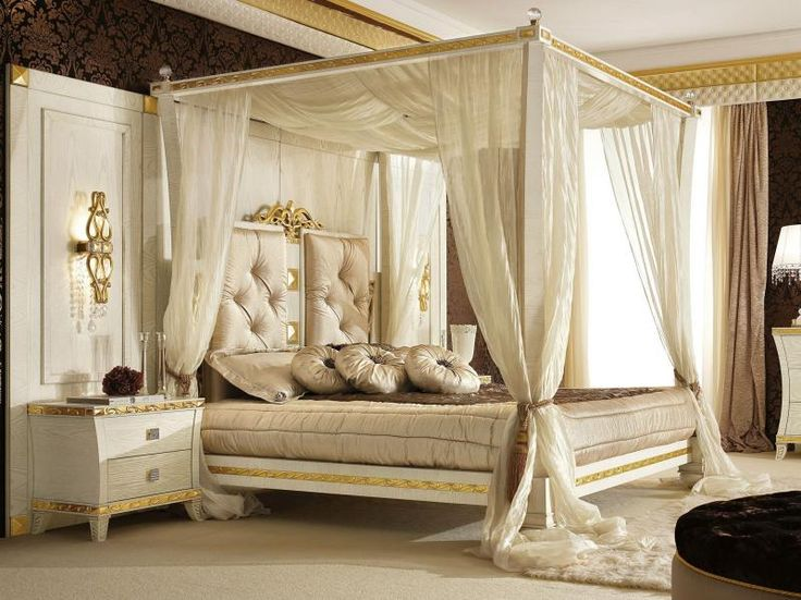 elegant-white-modern-canopy-beds-with-white-curtain-for-romantic-theme