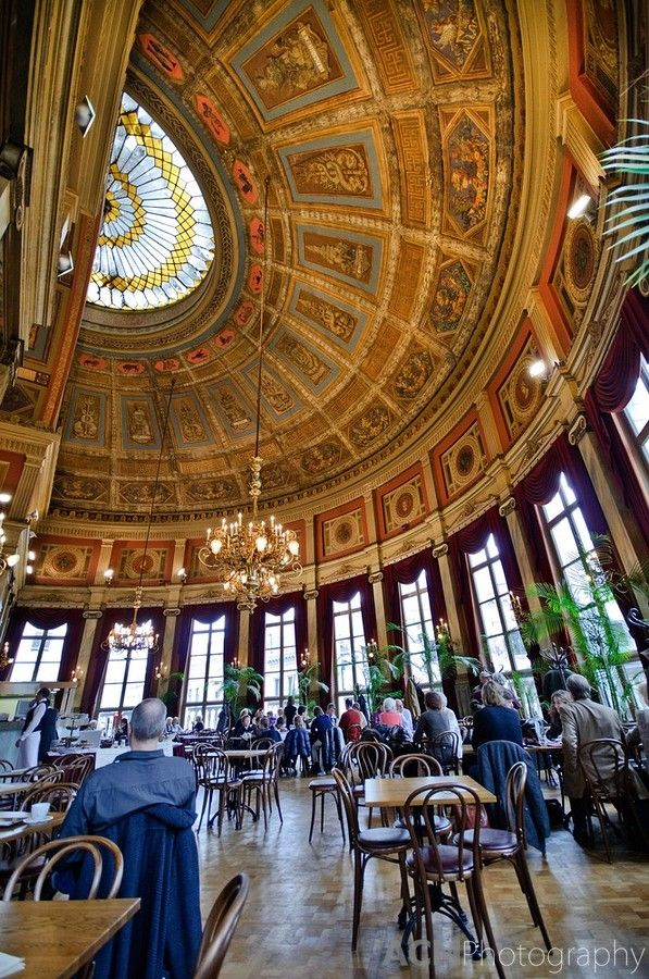 De Foyer Restaurant in Antwerp, Belgium Add it to your #BucketList Plan your trip to #Antwerp #Belgium visit www.cityisyours.com