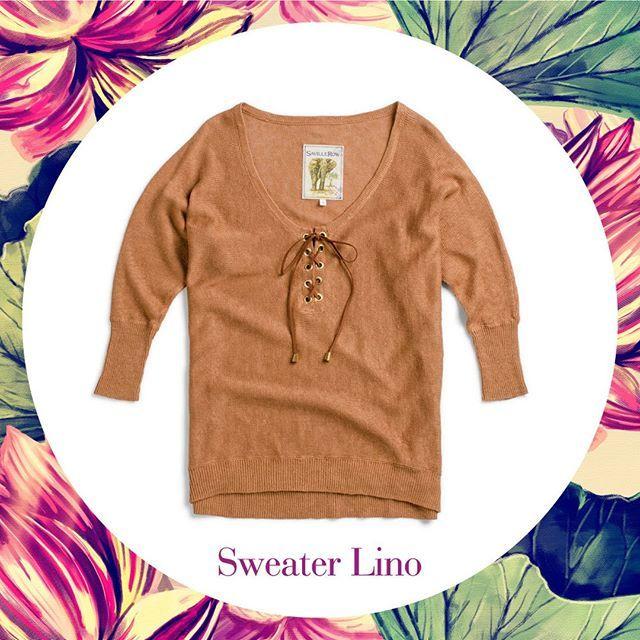 Sweater de lino con ojetillos. Combinalo con unos jeans pitillos y unos botines de verano y tendras un look de fin de semana perfecto. #savillerow #savillerowofficial #Woman #SS17