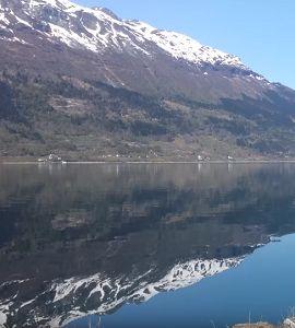 Насыщенные туры по фьордам Норвегии зимой от «VISITRUNO»   http://visitruno.com/stati/tury-po-fordam-norvegii-zimoj.html ... У вас появилось свободное время, и вы уже горите желанием достать свой спиннинг? Тогда туры по фьордам Норвегии зимой от компании «VISITRUNO» - это самое идеальное решение, которое можно найти на всем рынке туристических услуг.