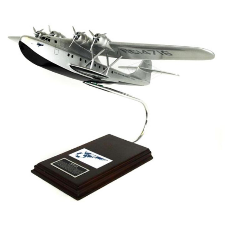 Daron Worldwide Glenn Martin M-130 China Clipper PAA Model Airplane - KM130TS