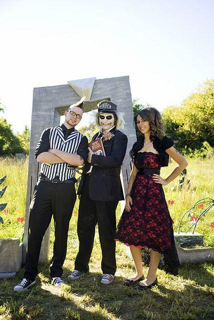 Beetlejuice wedding; sand worms, shrimp hands, stripes, and Tim Burton-y wedding inspiration via @Offbeat Bride