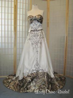 Ombre camo (10 Camo Wedding Dresses You'll Absolutely Love)