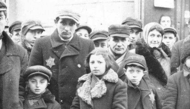 Ghettos in Lodz und Warschau, KZ in Auschwitz: Der Antisemitismus wird immer heftiger