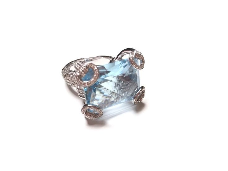 """Gucci """"Horsebit Cocktail"""" Sky Blue Topaz And Diamond Ring Set In 18kt #Braided"""