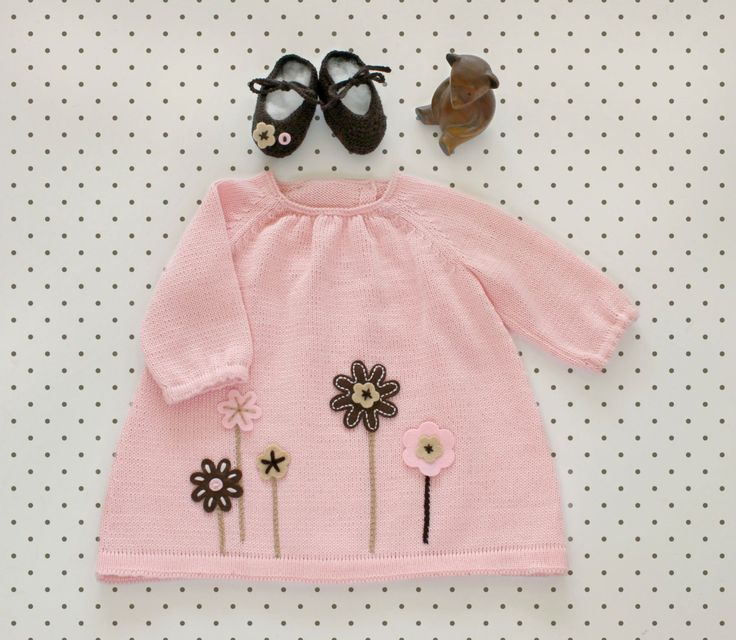 Knitted baby dress and little shoes. Pink, camel and brown. Felt flowers. 100% merino. READY to SHIP size NEWBORN. by tenderblue on Etsy