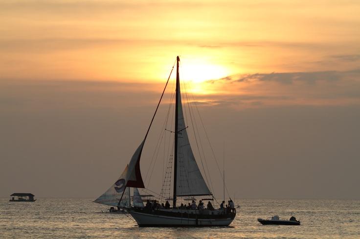 sunset, the beach :)