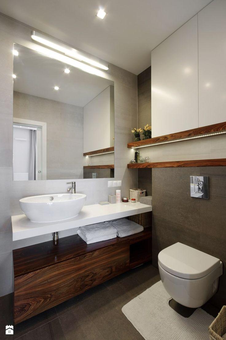 Apartament dla 4-osobowej rodziny - Mała łazienka, styl nowoczesny - zdjęcie od ZAWICKA-ID Projektowanie wnętrz