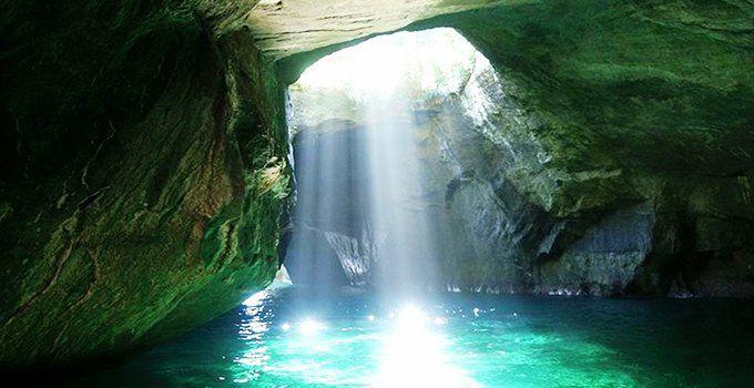 まるで青の洞窟。静岡県【堂ヶ島天窓洞】で光の美しさを目のあたりに。   キナリノ