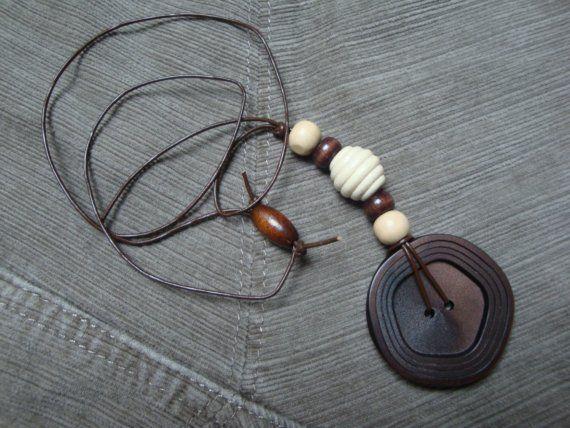 pulsante up-bici d'epoca pendente collana  di DollyDecades su Etsy