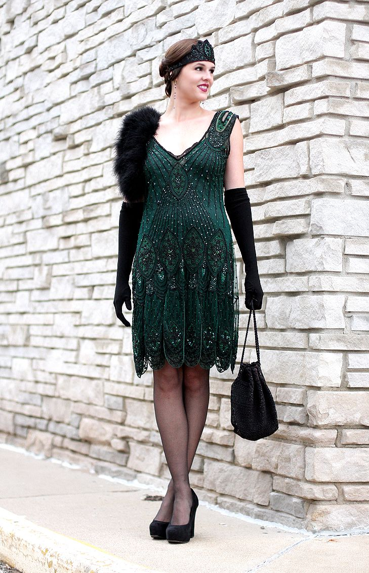 1920s dress. Roaring Twenties.   Perfect for a Great Gatsby party  (via What I Wore)