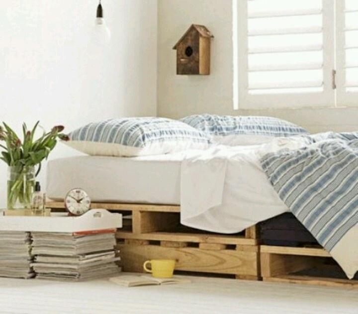 134 Best Images About Pallet Beds On Pinterest Dog Beds