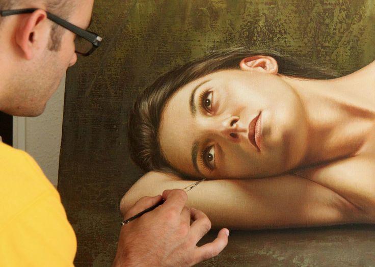 Les peintures hyper-réalistes de Omar Ortiz ! Db76eebeddd5c9fb2bbbe3b4e3b536e2