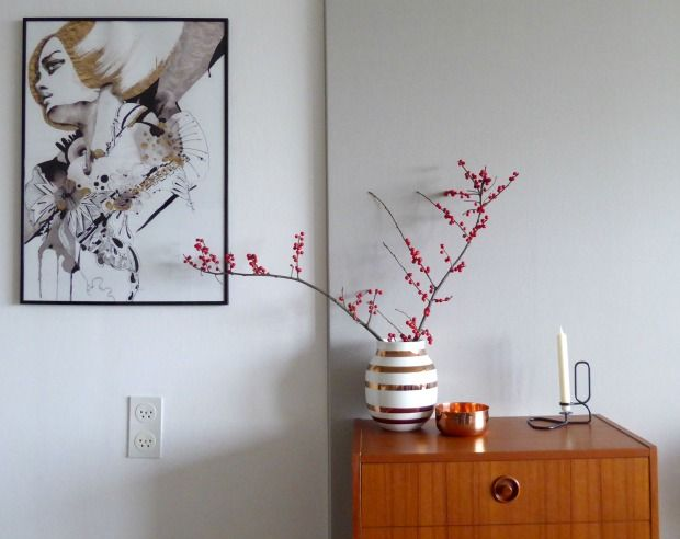 berry branch, kahler vase limited edition and art by Naja Conrad-Hansen