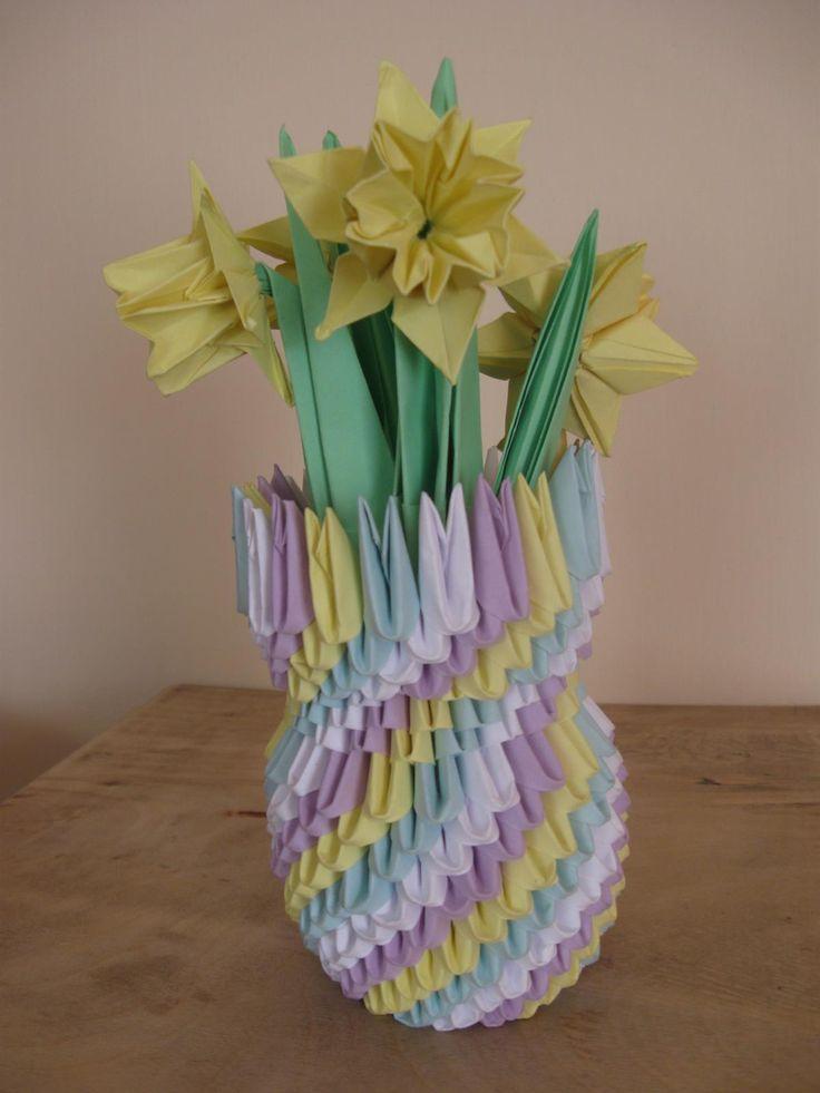wazon, żonkile, origami 3d