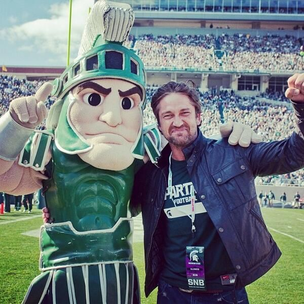 MSU‏@michiganstateu Remember when Gerard Butler had an important question for Spartans while visiting #MSU? #TBT pic.twitter.com/mMtcukKyS6