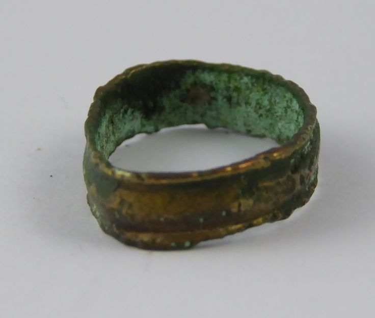 Ancient Roman Empire Antique Metal Signet Ring Size H - The Collectors Bag