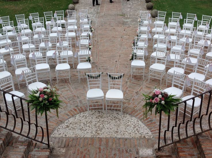 Wedding ceremony. #cerimonia | Set and Floral design by Nozze e dintorni | www.nozzeedintorni.com