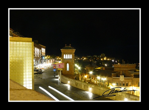 Another scene of Teruel at night.