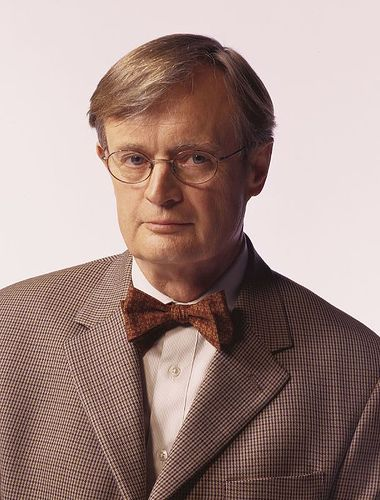 """DAVID McCALLUM{""""DUCKY"""" ON NCIS} ONE OF THE BEST ACTORS ON ANY SERIES.TALK ABOUT STYLE,CLASS,AND JUST PLAIN ACTING BRILLIANCE.BRAVO MR M."""