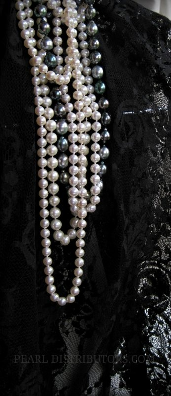black lace and #pearls