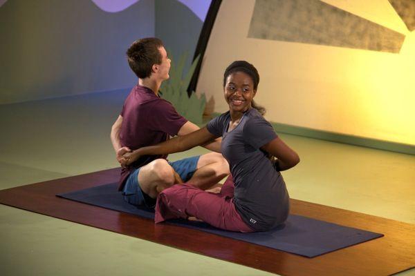 5 reasons teens love partner yoga from http://shantigeneration.com/
