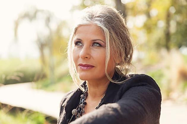 [Fotos] Die 15 neuesten Make-up-Tipps für ältere Frauen