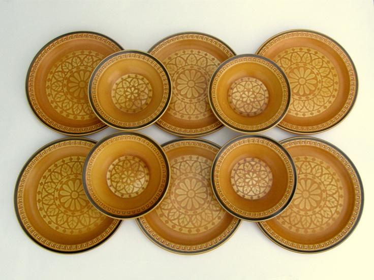 Vintage Suzuka Stone Monterey Dinnerware: Japanese Stoneware, 6 Plates & 4 Bowls