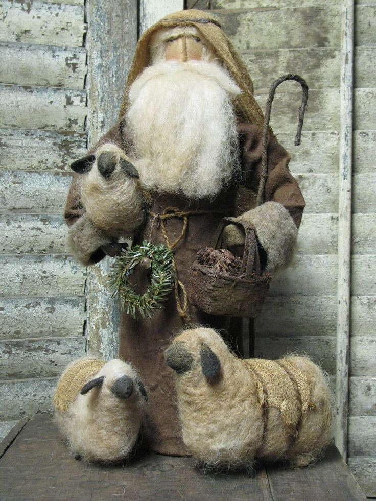 I would love to do soft sculpture...maybe someday I will have time.  Handmade Primitive Folk Art Santa by Sue Corlett / http://1897houseprimitives.blogspot.ca/